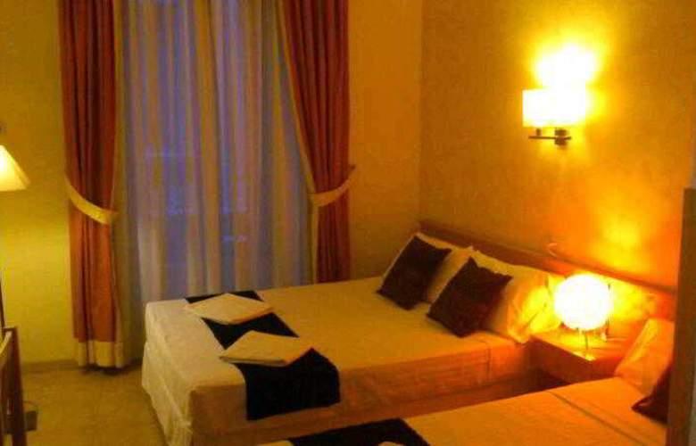 Oporto - Room - 7