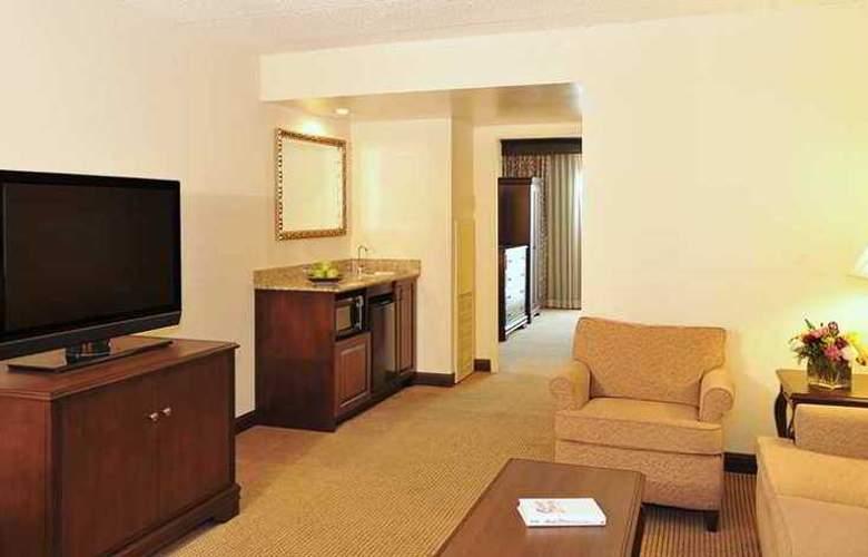 Embassy Suites Philadelphia - Airport - Hotel - 7