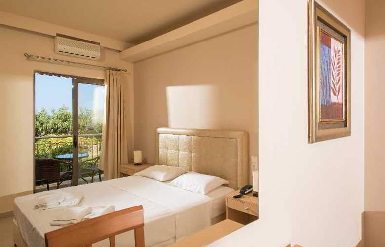 Oasis Hotel - Room - 12