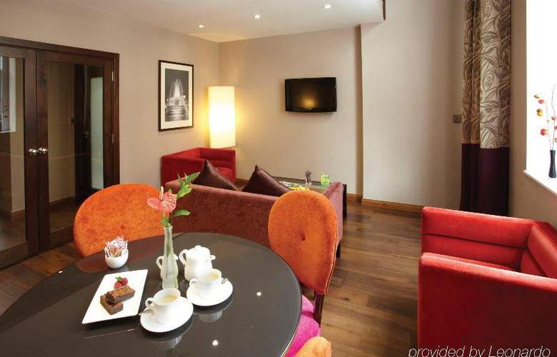 DoubleTree by Hilton London - Marble Arch - Room - 7