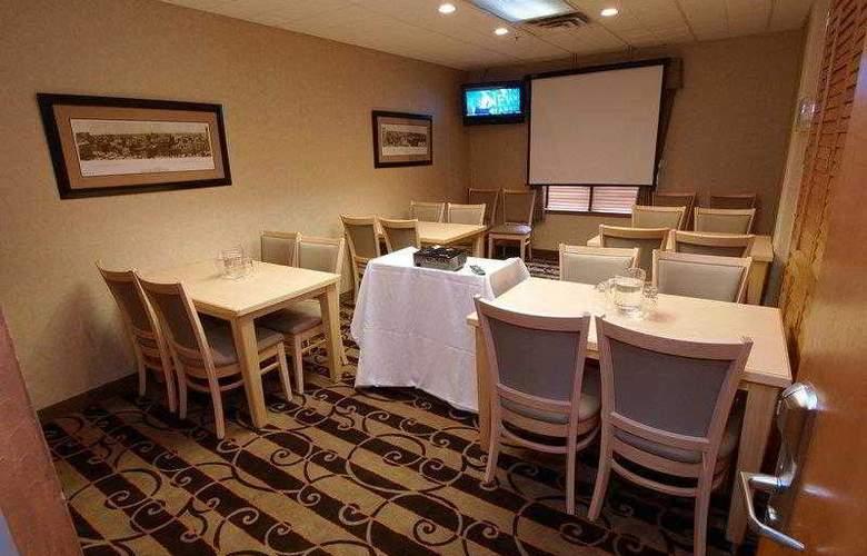 Best Western Pembina Inn & Suites - Hotel - 43