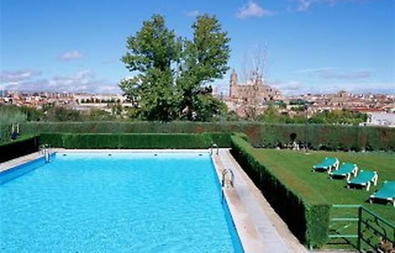 Parador de Salamanca - Pool - 5