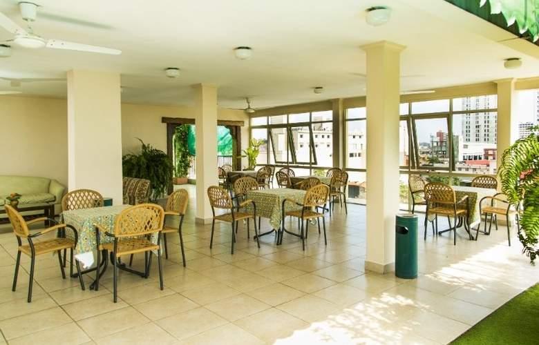 Cecilia - Restaurant - 7
