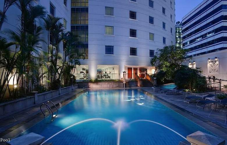 Rendezvous Singapore - Pool - 5