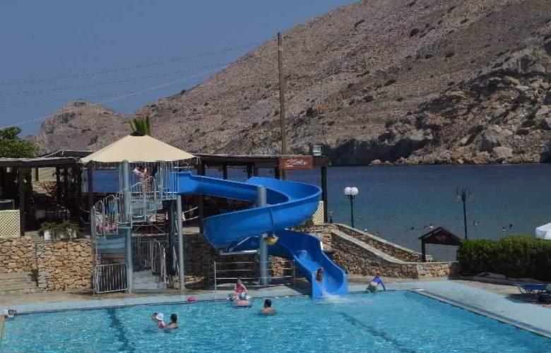 Dolphin Bay - Pool - 21