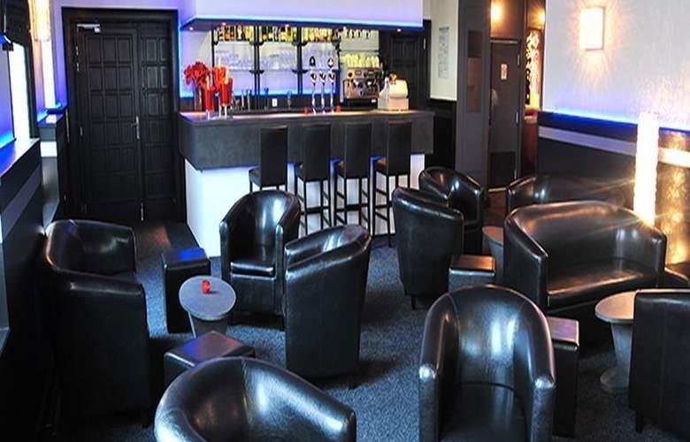 Interhotel Le Bretagne - Bar - 12