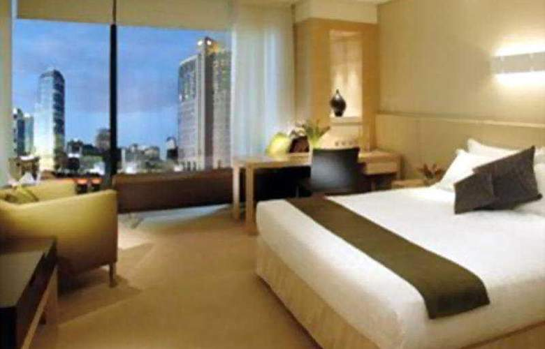 Crown Promenade - Room - 1