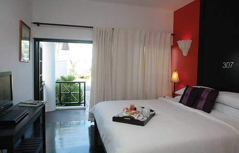Silver Point Villa - Room - 0