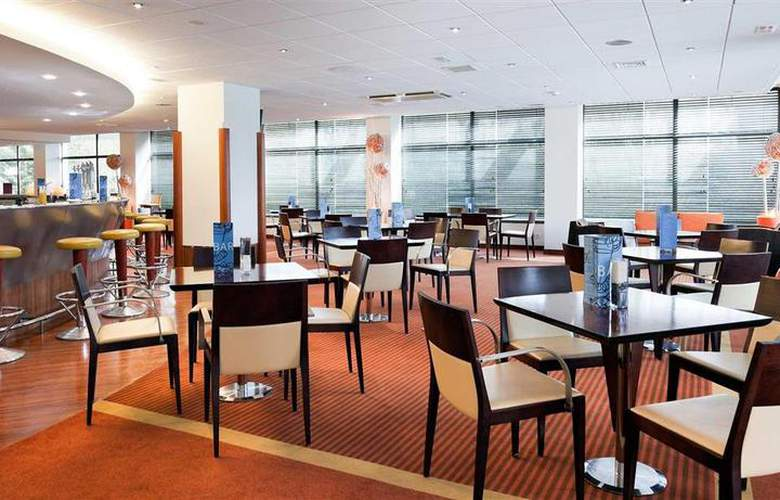 Novotel Madrid City Las Ventas - Bar - 25