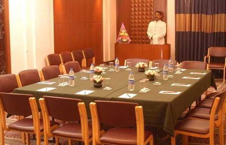 Vikram - Conference - 7