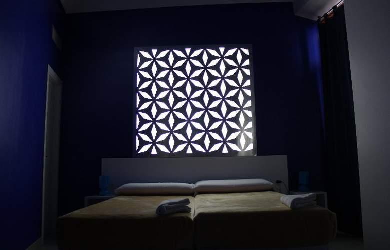 Nest Style Granada - Room - 11