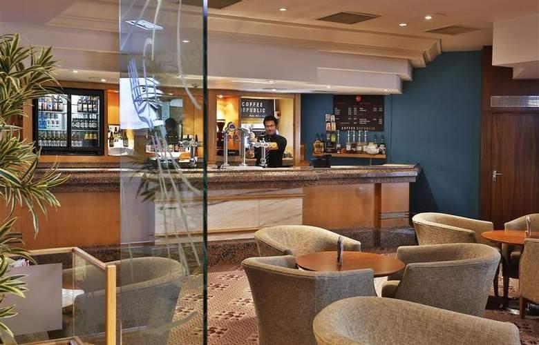 Best Western Stoke-On-Trent Moat House - Bar - 90
