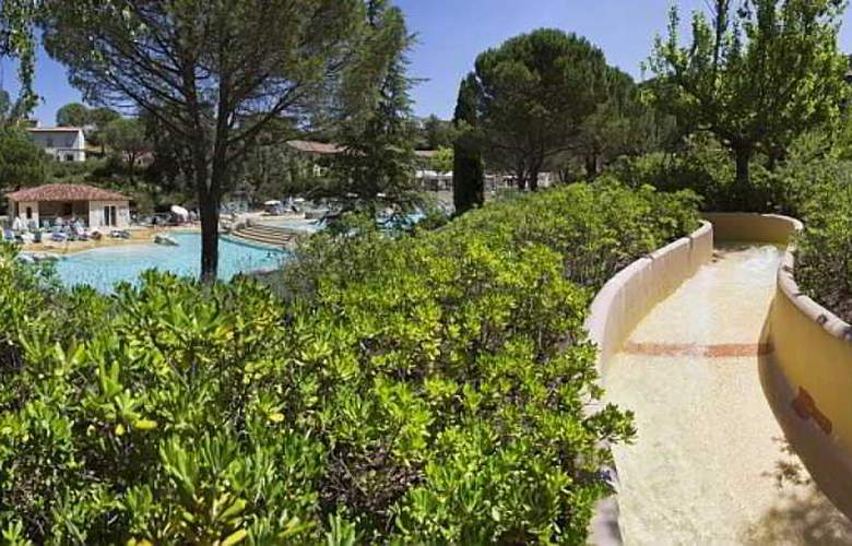 Pierre & Vacances Village Le Rouret - Pool - 34