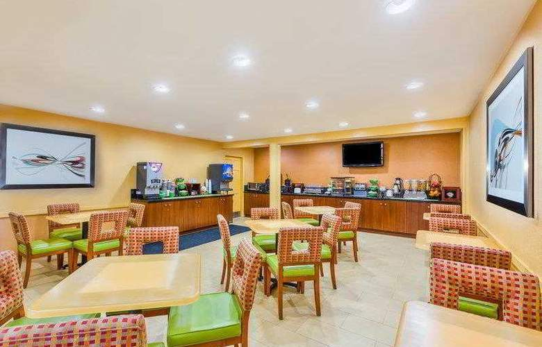Best Western Plus Miramar - Hotel - 4