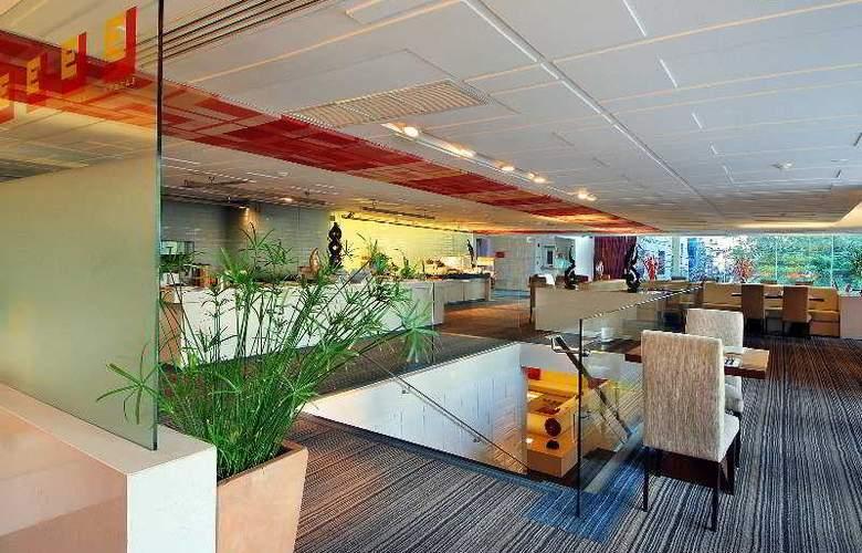 Le Fenix Sukhumvit Bangkok by Compass Hospitality - Restaurant - 10