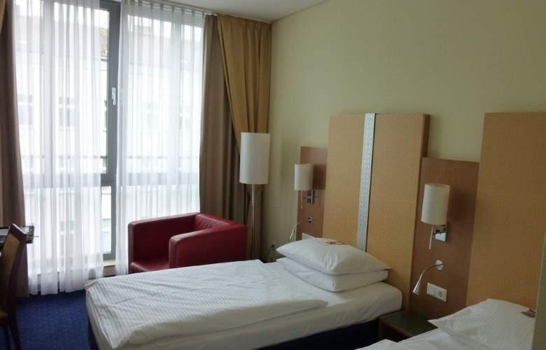 H+ Berlin Mitte - Room - 6