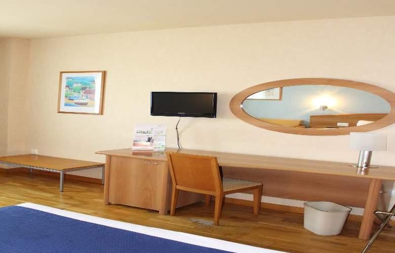Port Alicante - Room - 10