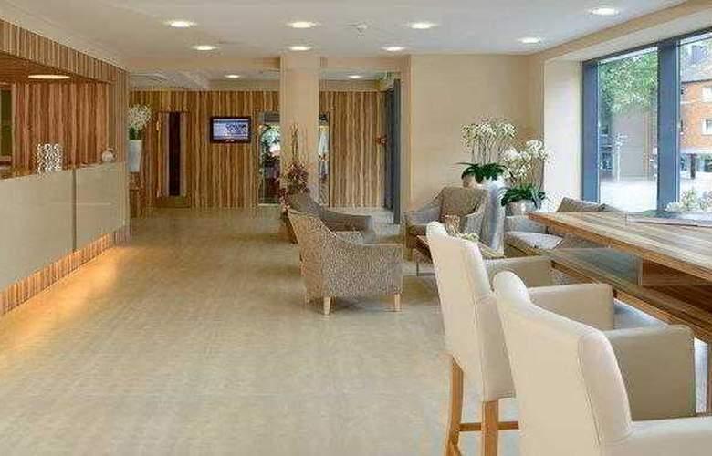 Best Western Parkhotel Oberhausen - Hotel - 14