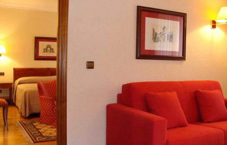Hernan Cortes - Room - 8