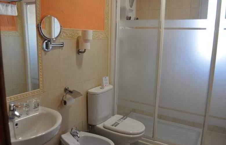 Casual Sevilla Don Juan Tenorio - Room - 9