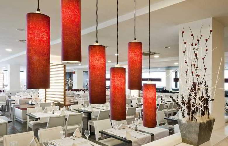 Augustus - Restaurant - 32