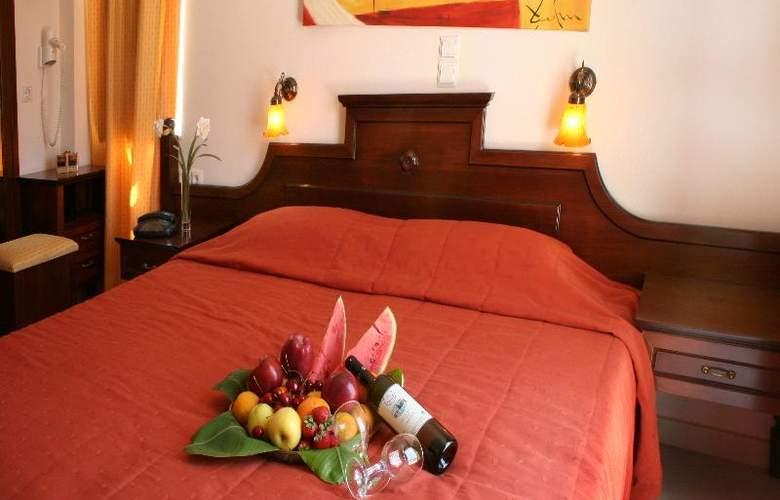 Zeus Village - Room - 10