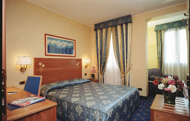 Dieci - Room - 5