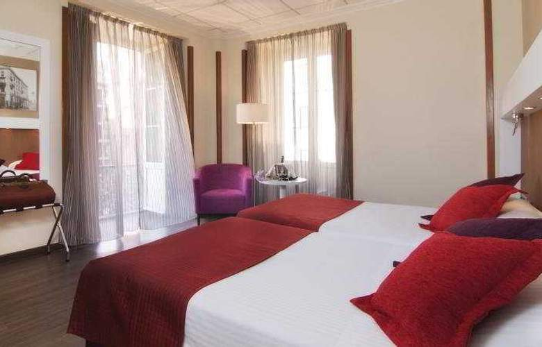 Gran Hotel España Atiram - Room - 15