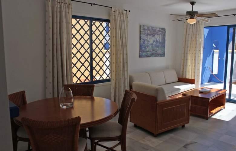 El Minarete Apartamentos - Room - 5