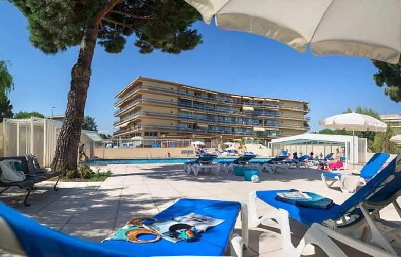 Residence Pierre & Vacances Heliotel Marine - Pool - 16
