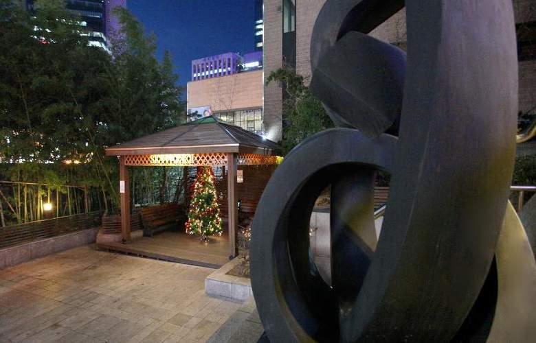 Sky Park Myeongdong 2 - Terrace - 19