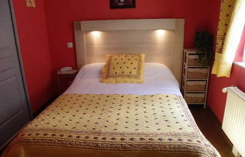 Lion Sur Mer Hotel - Room - 3