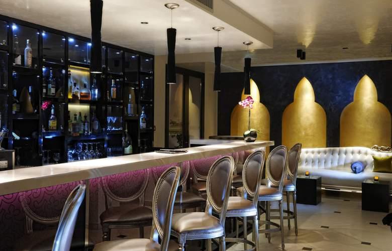 Carnival Palace - Bar - 9