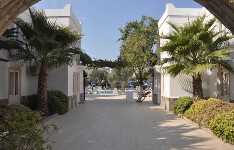 Tosunoglu Apart Otel - Hotel - 0