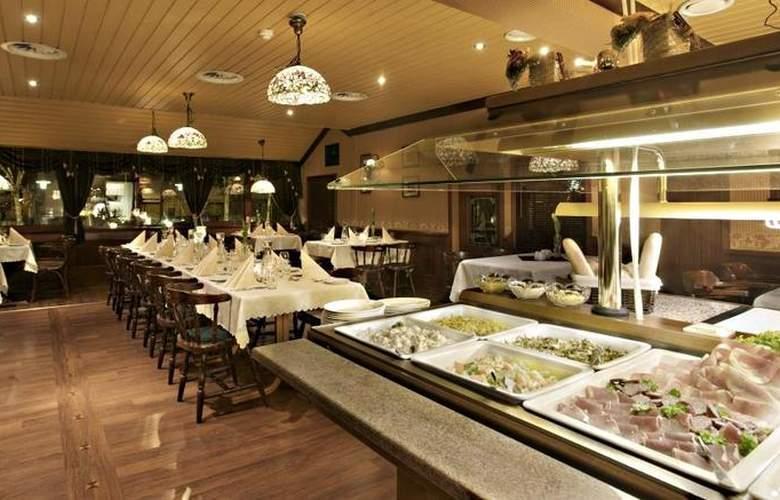 Best Western Laegreid Hotel - Restaurant - 30