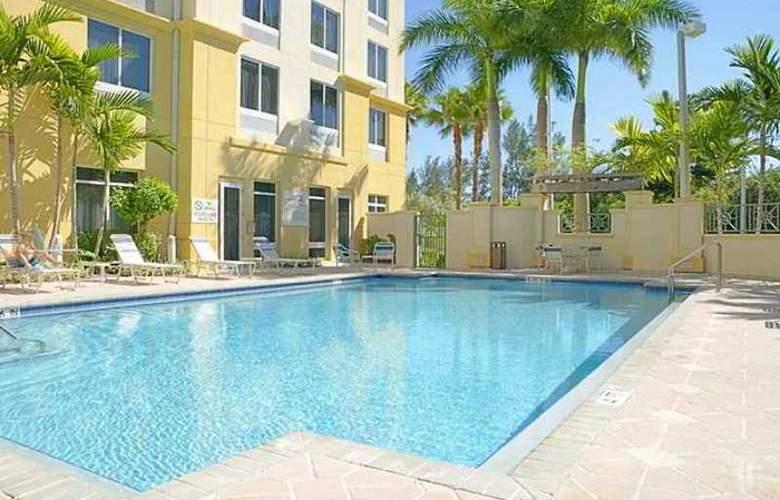 Hilton Garden Inn Ft. Lauderdale Airport-Cruise Port - Hotel - 4