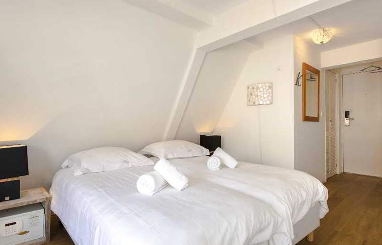 Teun - Room - 9