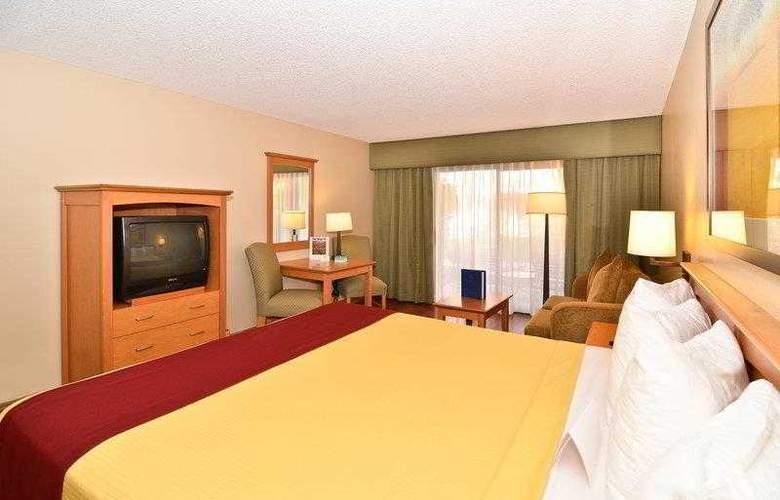 Best Western Plus Palm Desert Resort - Hotel - 10