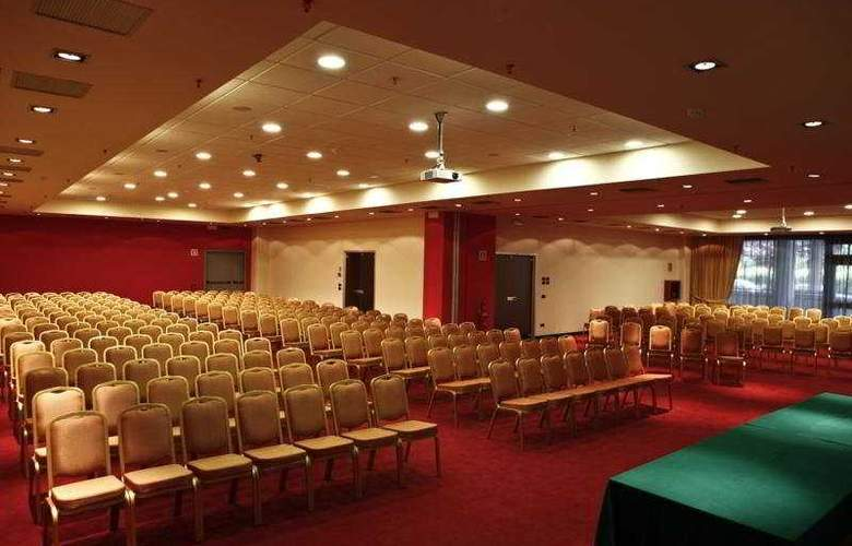 Tuscany Inn - Conference - 6