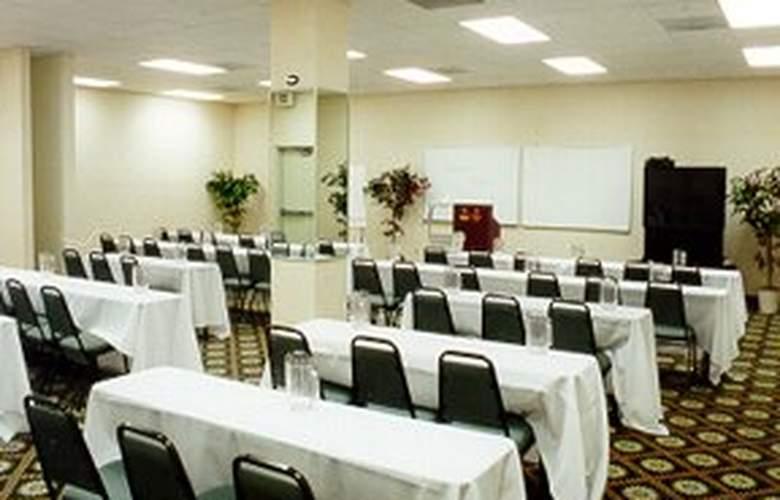 Comfort Suites North Academy - General - 1