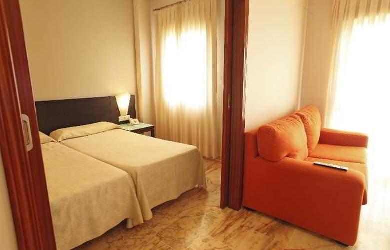Apartamentos Vértice Bib Rambla - Room - 8