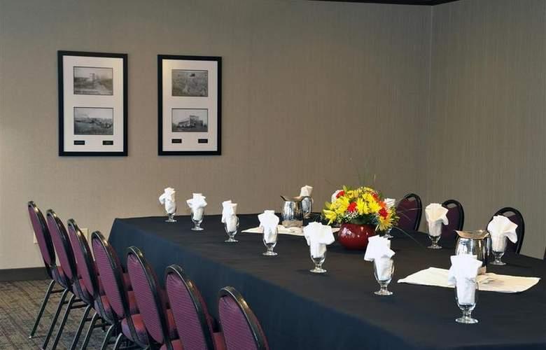 Best Western Plus Denham Inn & Suites - Conference - 110