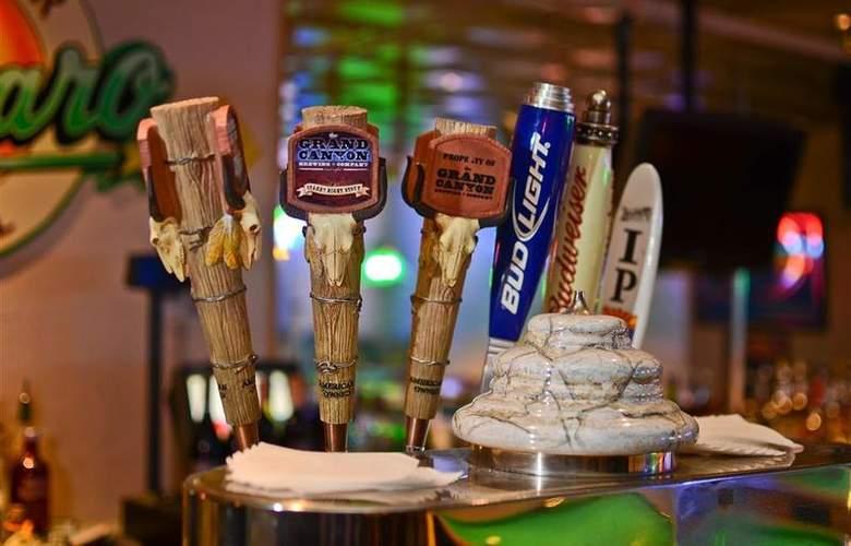 Best Western Premier Grand Canyon Squire Inn - Bar - 134