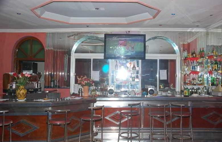 Hotel Akabar - Bar - 32