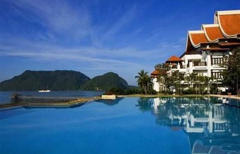 Rebak Island Resort - A Taj Hotel - Pool - 5