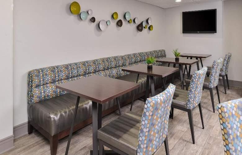Best Western Naperville Inn - Restaurant - 67