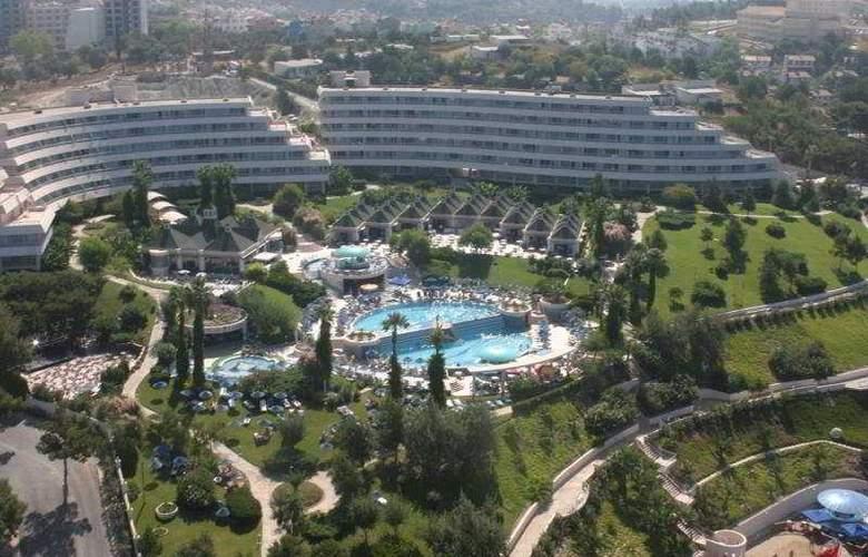 Grand Blue Sky - Hotel - 0