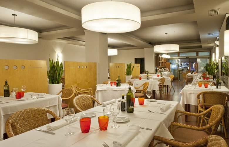 ibis Styles Figueres Ronda - Restaurant - 3