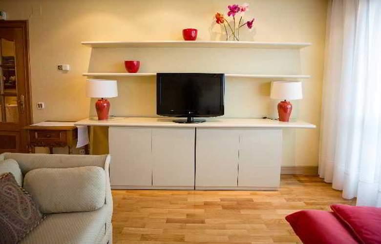 Apartamentos Gestion de Alojamientos - Room - 1
