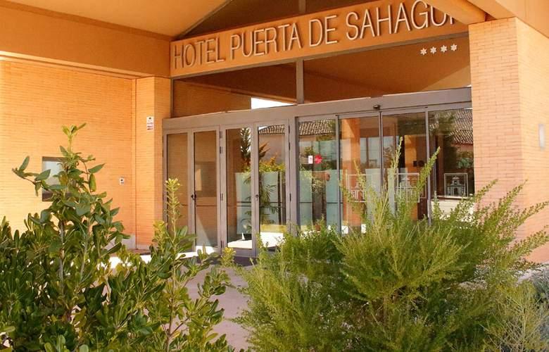 Puerta de Sahagun - Hotel - 0